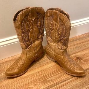 Coconuts Gaucho | Women's Cowgirl Boots | Size 6